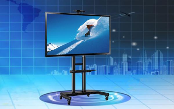 Zavesenie televízora na televízny stojan sa riadi rovnakými pravidlami ako u zavesenie na televízny držiak. Podstatné sú opäť iba VESA standart a hmotnosť obrazovky. Jej uhlopriečka dôležitým údajom nie je.