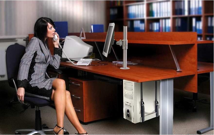 Profesionálny stolný držiak monitoru 13-30 palcov, otočný, sklopný, výškovo staviteľný - EDBAK SV01