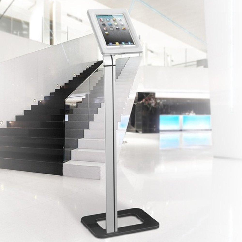 Fiber Mounts M6C45 je spolehlivý stojan na tablet nebo iPad s uzamykatelnou přihrádkou, možnost ukotvení do podlahy