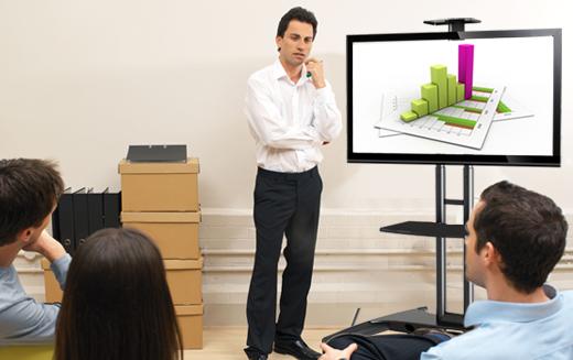 Levný profesionální stojan na televize a monitory s úhlopříčkou 32-65 palců, výškové nastavení, pojezd s brzdou, možnost uzamčení Tv, vedení kabeláže, police na příslušenství, stabilní a bezpečná konstrukce. TOP kvalita, provedení černé nebo bílé - stojany Fiber Mounts AVA1500